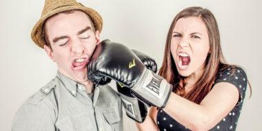 Umgang mit schwierigen Kollegen: 15 unverzeihliche Fehler (und was wirklich hilft)