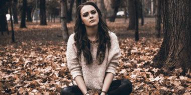 Herbstdepression loswerden (4 einfache Tipps)
