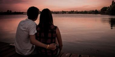 Verliebtsein wieder spüren: So bekommst du wieder Frühlingsgefühle (auch, wenn du kein Teenie bist)