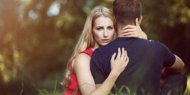 Emotionale Abhängigkeit: Warum eine Trennung zu 99% notwendig ist (und die Ausnahme)