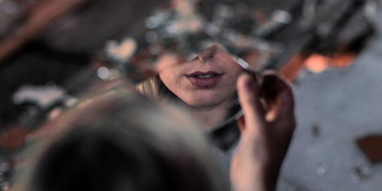 Emotionale Abhängigkeit lösen: Schritt 1 Selbsterkenntnis