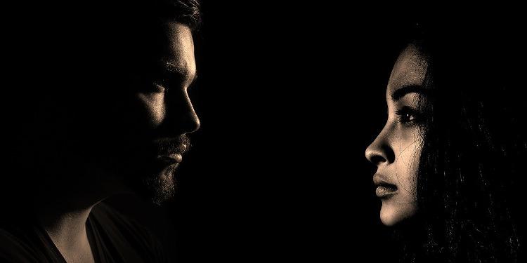 Emotionale Abhängigkeit: Lösung = Trennung?